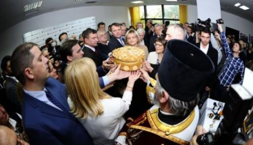 Slavski kolač iz manastira Sveti Stefan, Selaković kao domaćin