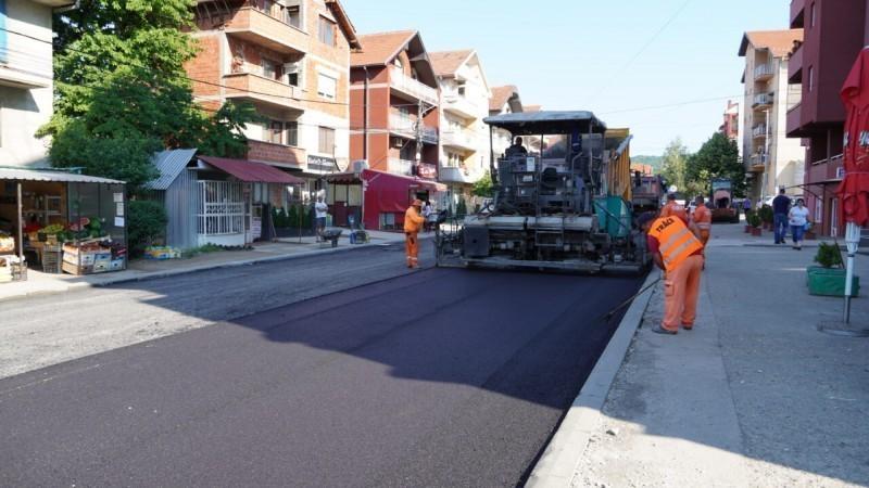 Ускоро крај радова у Студеничкој улици и изградња пута између Кнез Села и Малче