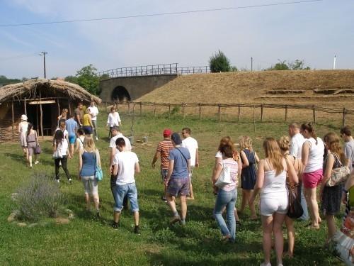 Studenti iz Evrope u poseti Pločniku i Đavoljoj varoši