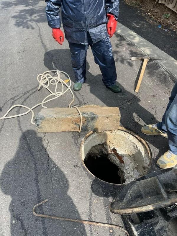 Извођач ће о свом трошку да поправи оштећено: Сотировски о пропалом асфалту у тек реконструисаној улици Светолика Ранковића