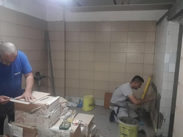 Реконструкција свлачионица у Спортској хали Врање