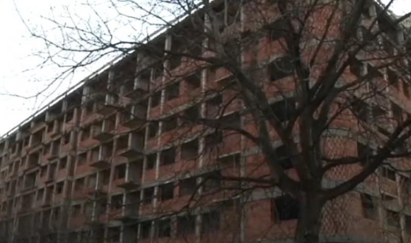 Пронађено беживотно тело младића у напуштеној згради - сумња се да се ради о несталом матуранту