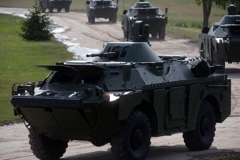 Руски тенкови за Војску Србије стигли у Ниш