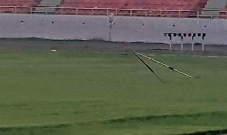 """Атлетичари копљима и куглама оштетити фудбалски терен на стадиону """"Чаир"""""""