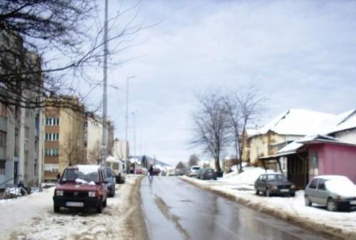 Vandalizam na reprizi nove godine: Huligani lomili retrovizore po Kuršumliji!