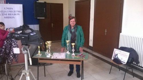 Срећко Докић са медаљама и признањима, Фото: Јужна Србија