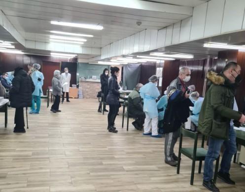 На првом месту: До сада вакцинисао око 30.000 грађана у Нишу