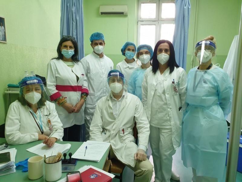 Екипе Дома здравља почеле вакцинацију у Нишу