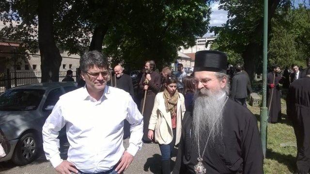 Драко Булатовић и владика Теодосије, Фото: Јужна Србија