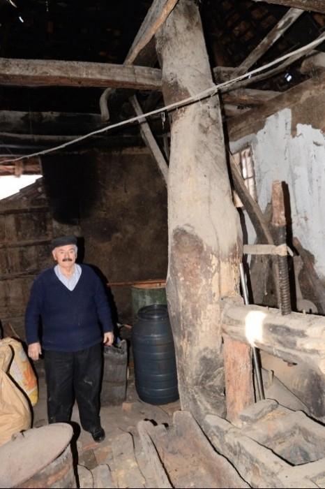 Babušnica: Poslednji čuvar drevnog teska za pravljenje voska