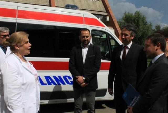 Нова опрема и амбулатно возило за здравствену заштиту