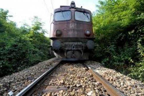Путнички воз испао са колосека