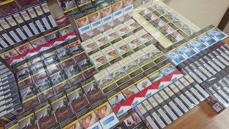 Цигарете скривене испод седишта комбија