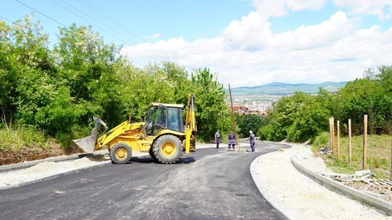 Становници Улице Здравке Вучковић на Палилули дочекали асфалт