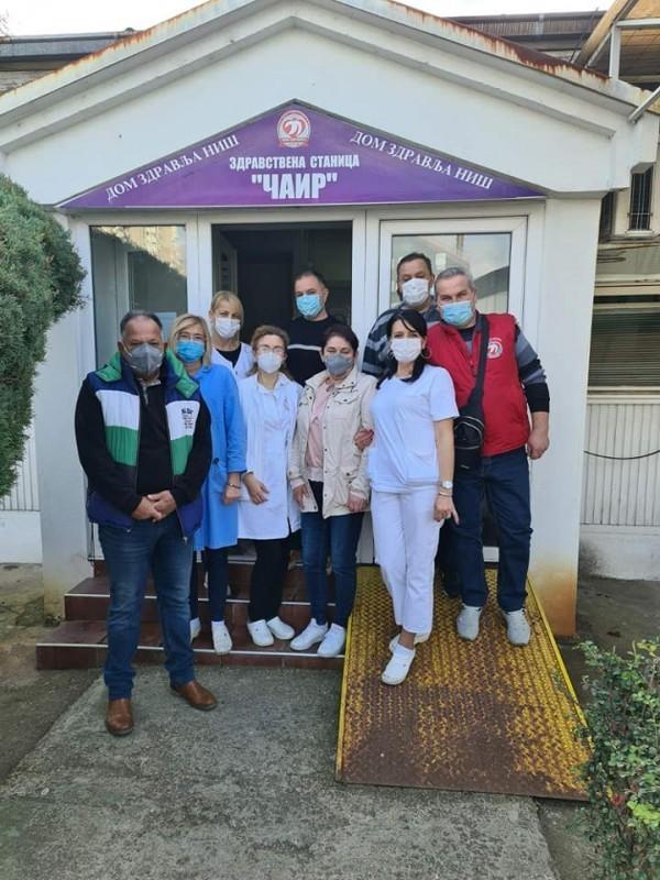 """Због повећаног броја пацијената отворена Ковид амбуланта у ЗС """"Чаир"""""""